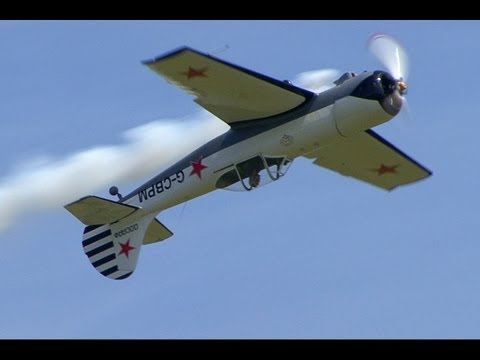 Amazing Yak 50 Aerobatic Display