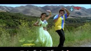 Iddaru Mitrulu Songs - Manasa Vacha Manasiste - Chiranjeevi, Sakshi Sivanand, Ramya Krishnan