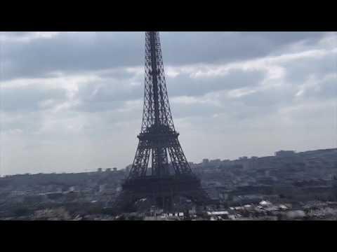 Conhecendo Paris : Champs Élysées, Montmartre e Place des Vosges -