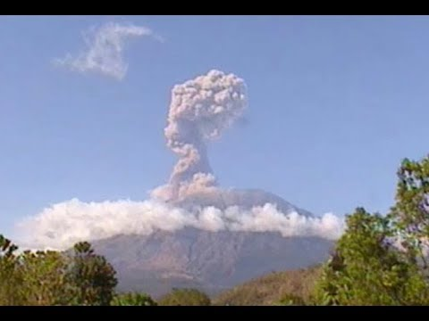 GSM Update 7/16/18 - Agung Erupts to 17,000 ft - Record Cold Australia - Solar Wind Science
