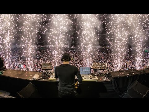 Paul van Dyk feat. Plumb - I Don't Deserve You LIVE at ASOT Mexico