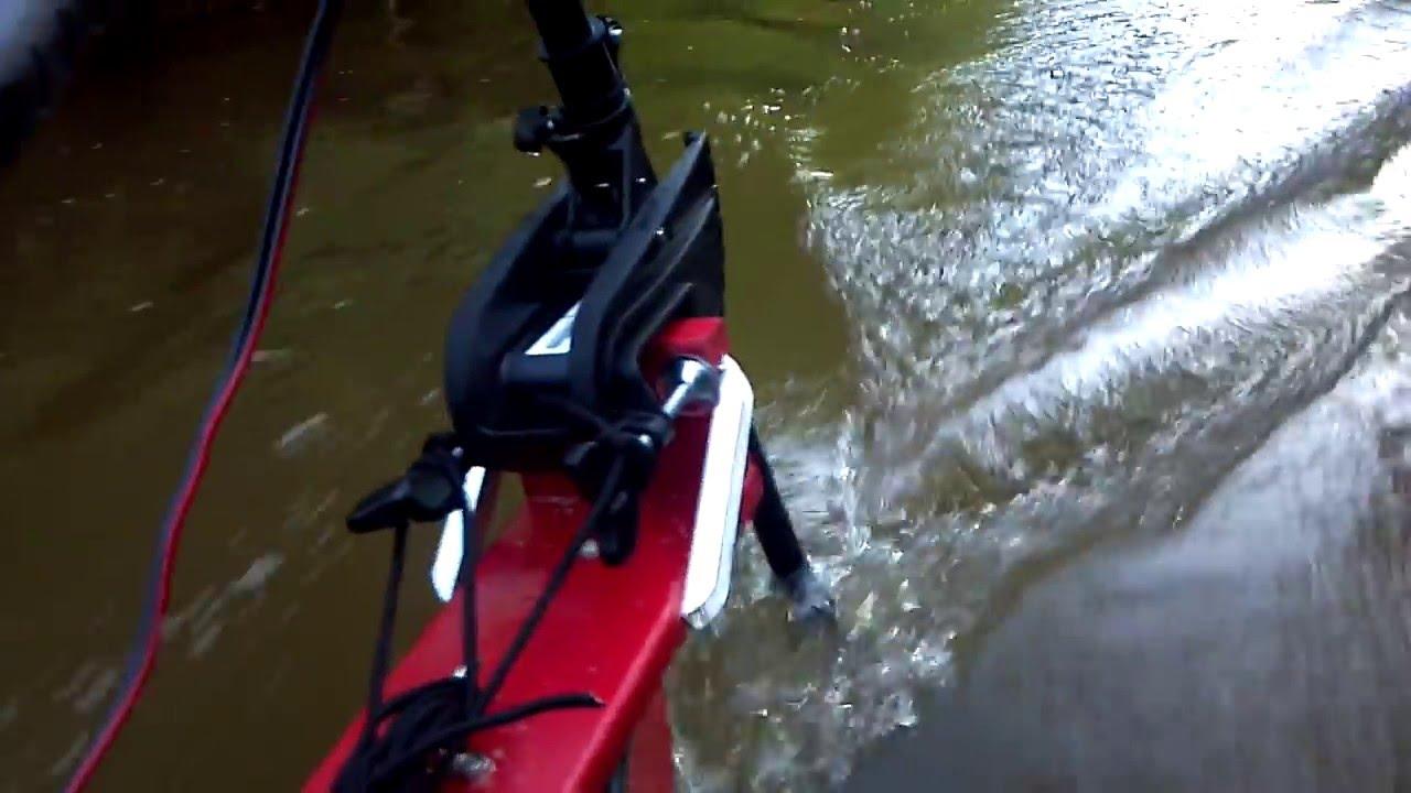 Trolling motor on canoe