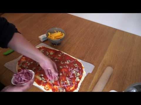 recette-de-pizza-maison-(cuisine-companion-moulinex)---clickncook.fr
