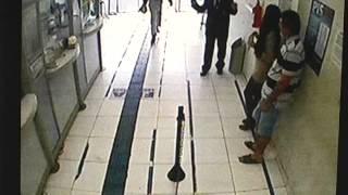 Imagens impressionantes de um assalto contra lotérica do Shopping Avenida Center