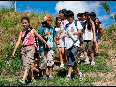 廃校が決定した小学校に一人の転校生がやって来て…!映画『リトルパフォーマー 風の鼓動』予告編