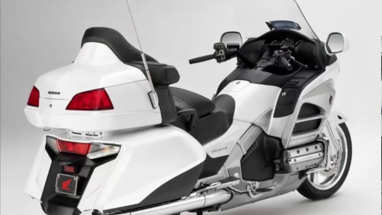 Honda Goldwing Price In India >> HONDA GOLDWING 2017 - 2018 PRICE - YouTube