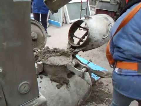 Подъем готового раствора из бетономешалки