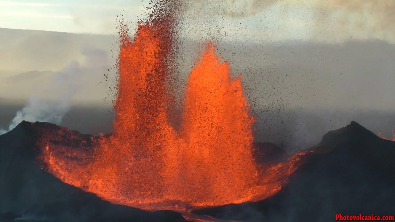 Lava Wallpaper Hd Lava Fountains From Bardarbunga Volcano Holuhraun Fissure