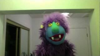 """Muppet Whatnot Singing """"Under Pressure"""""""