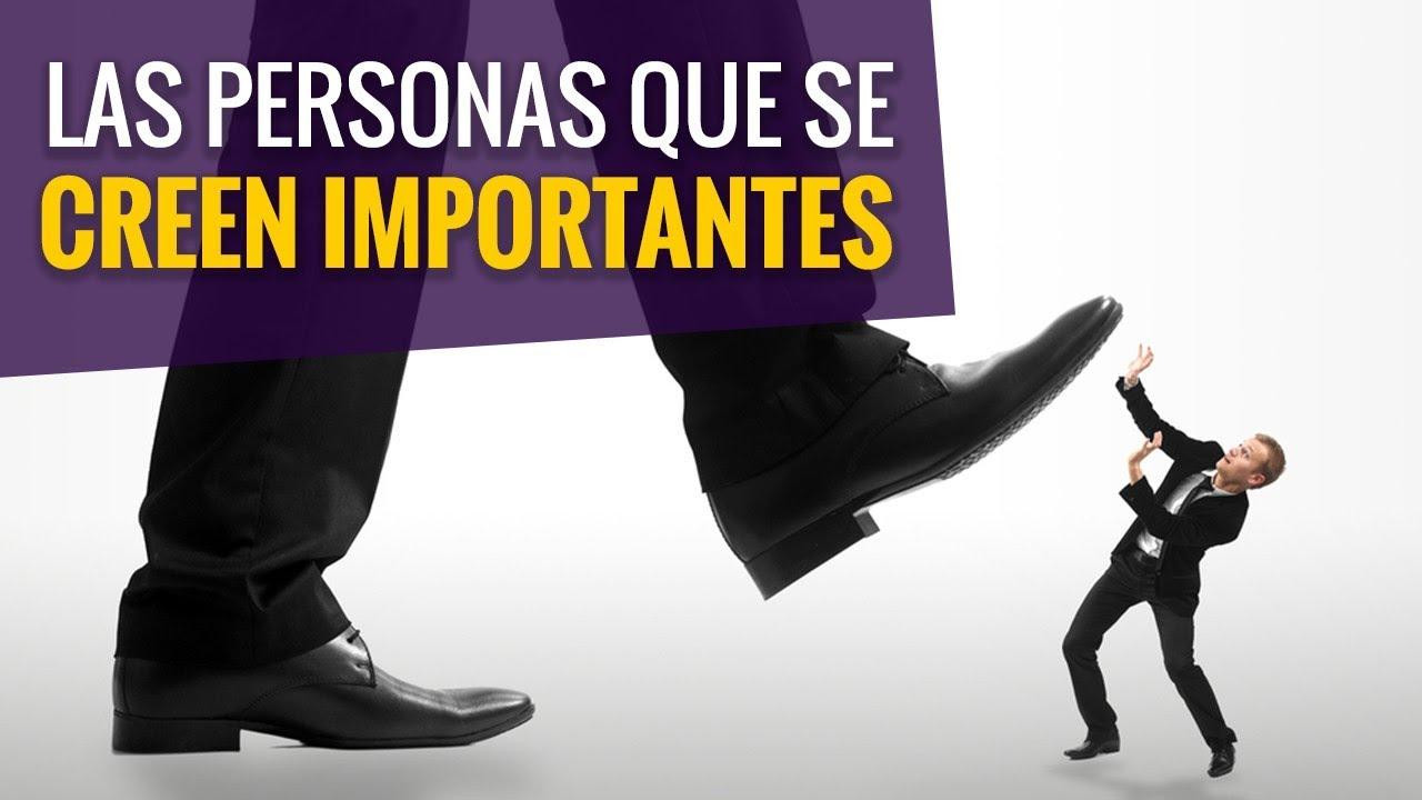 Personas Que Se Creen Importantes / Juan Diego Gómez G