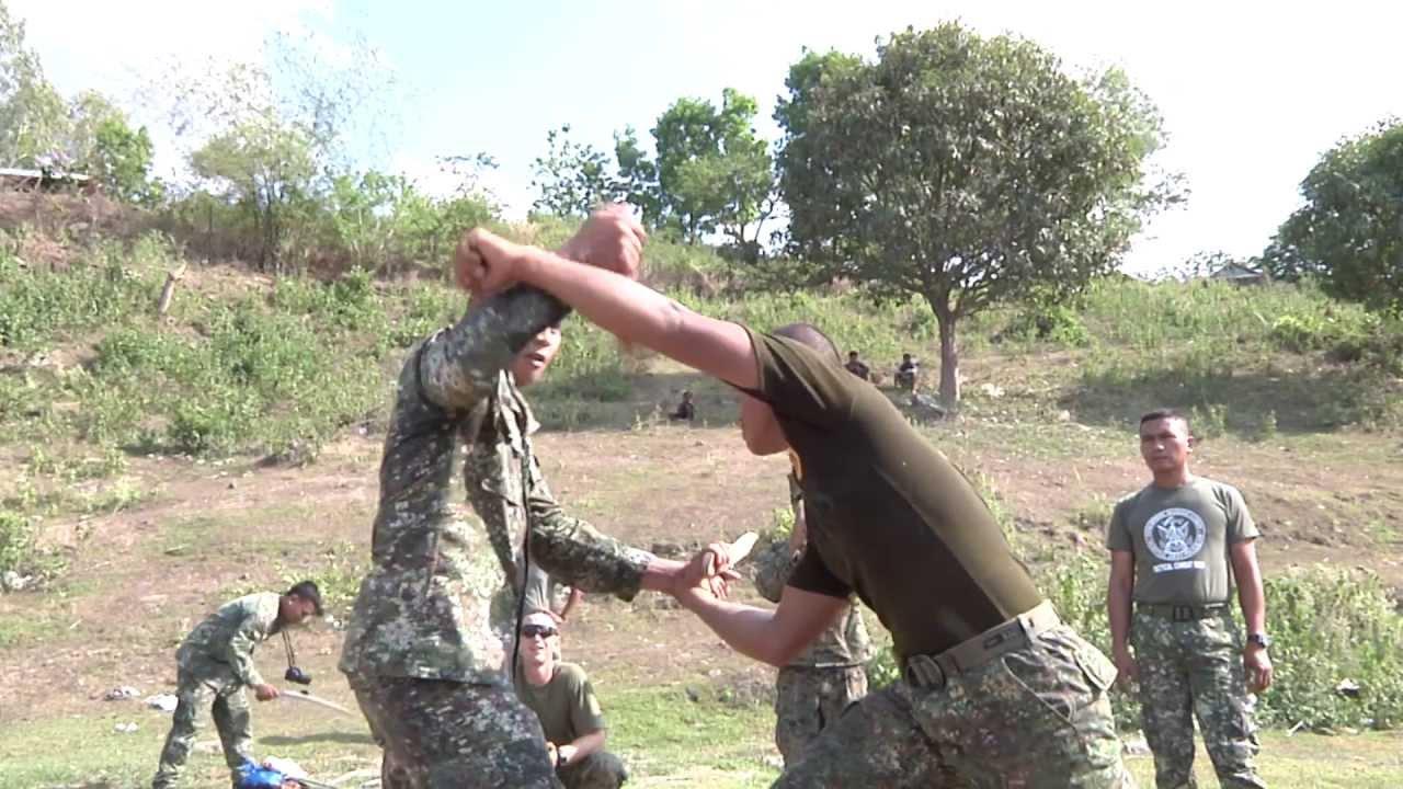 Philippine us marines conduct close quarters combat martial philippine us marines conduct close quarters combat martial arts youtube sciox Images