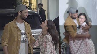 Alia Bhatt Shows LOVE For Bf Ranbir Kapoor's Best Friend Vicky Kaushal @Uri Screening