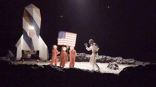 Staf Coppens maakt kinderen wijs dat ze naar de maan vliegen   Dat belooft voor later
