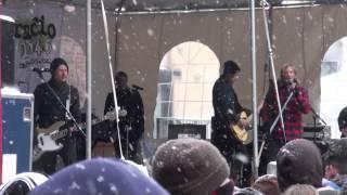 Switchfoot - Dark Horses (ending) / Sabotage - Radio 104.5 WinterJam 2014