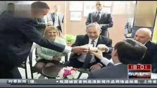 China TV: Israeli PM Tours Shanghai Jewish Refugee Museum 7/5/13