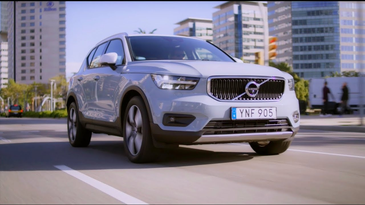 volvo xc40 momentum driving youtube. Black Bedroom Furniture Sets. Home Design Ideas