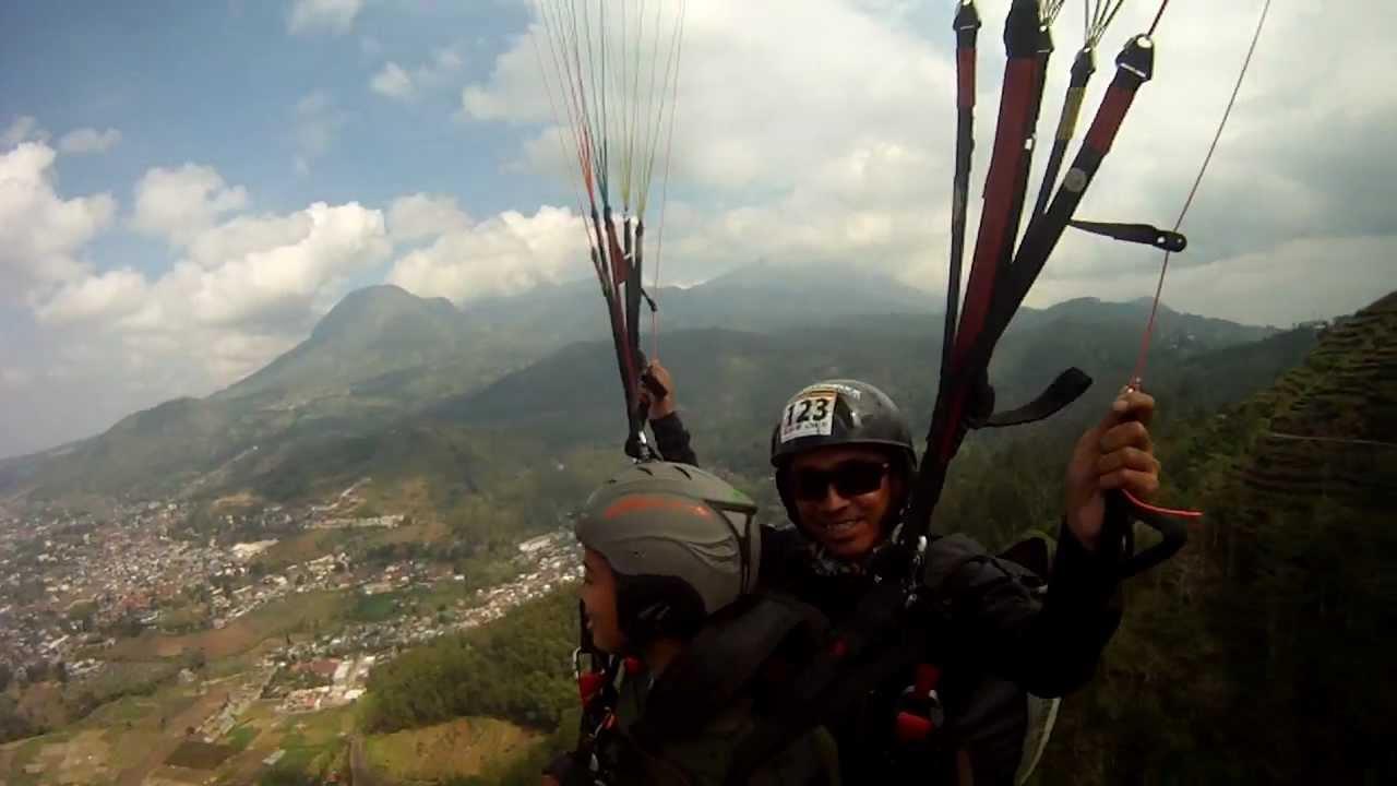Paragliding Malang INDONESIA