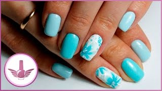 Дизайн ногтей с цветком по мокрому гель-лаку | Голубой маникюр | Голубые ногти