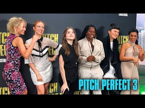 Anna Kendrick and the cast of Pitch Perfect 3 | VidCon 2017 Meet And Greet