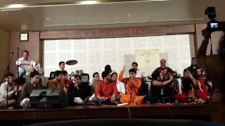 Na toh karvan ki talash - Aditya, Yogesh, Neeta, Madhura & Chorus