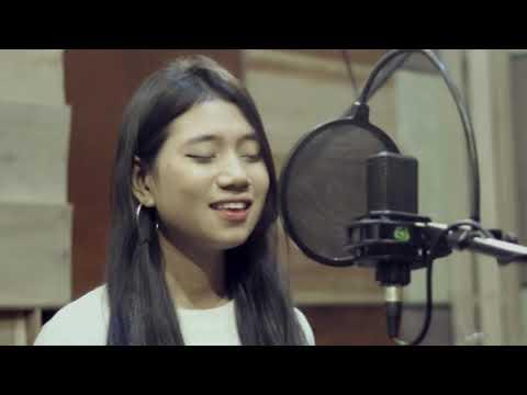 Rhyna - Seandainya ( Brisia Jodie Cover ) Music Video