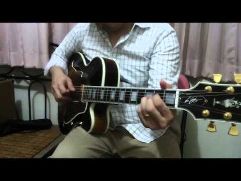 GIBSON L5 Lee Ritenour VS EASTMAN AR805CE (amplified)