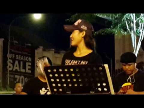 memori sekuntum rindu-boboy feat Retmelo buskers cover spoon