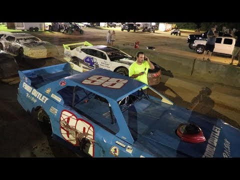 Well that went to shit! final 2 at Southern Raceway in the Street Stock