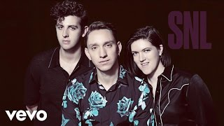 "The xx - ""On Hold"" performed on Saturday Night Live"