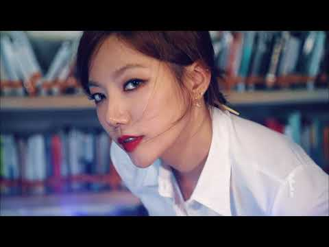 Lee Chae Young | Hot Librarian | Saturday Night Live Korea | E! Entertainment Asia