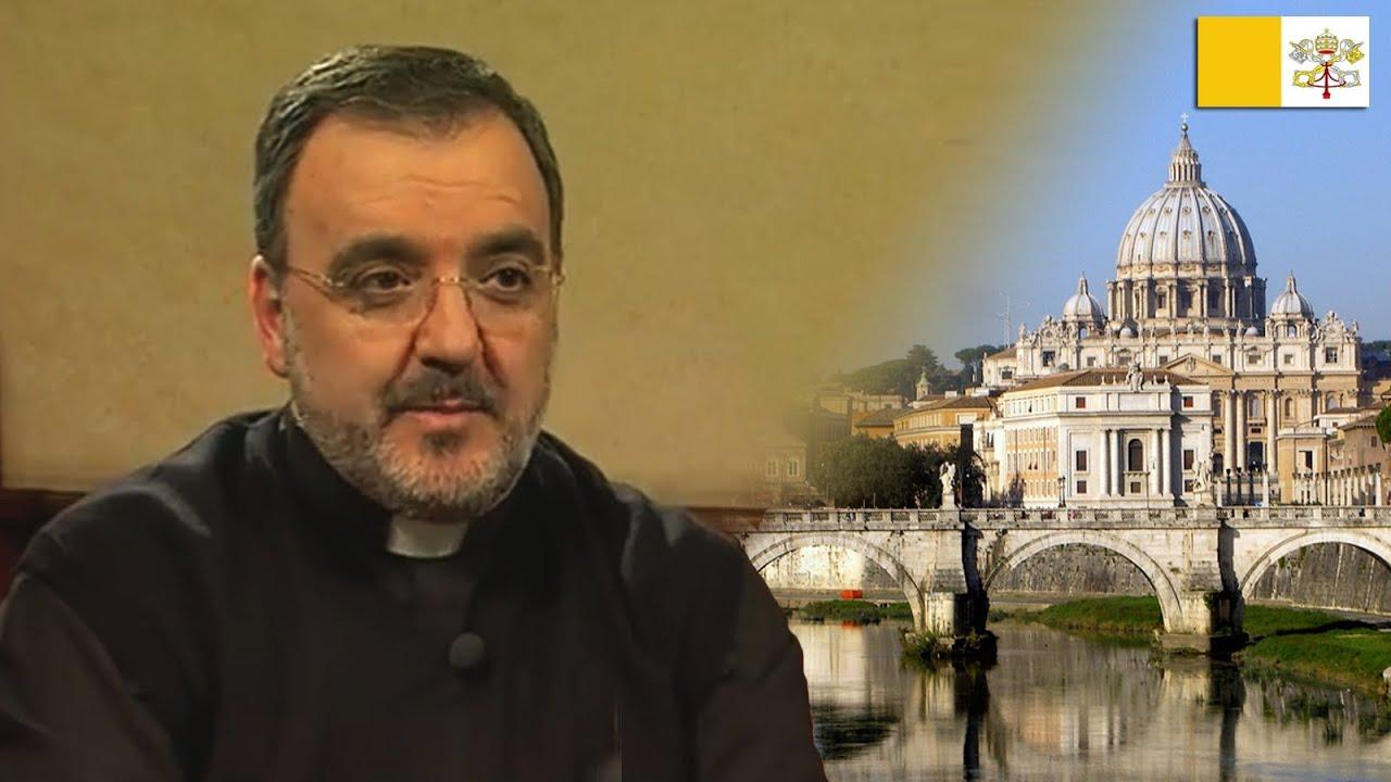Mons. Segundo Tejado Muñoz Subsecretario del Consejo Pontificio