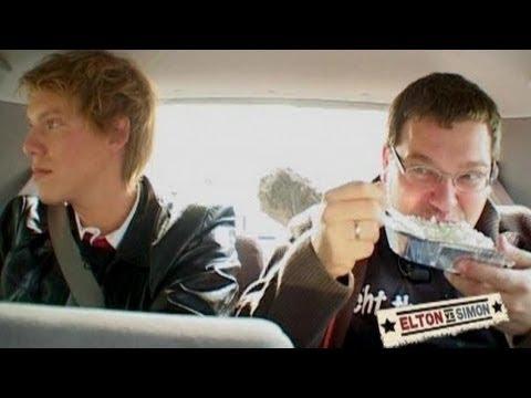 Simon Gosejohann muss pissen - Elton vs. Simon from YouTube · Duration:  4 minutes 3 seconds