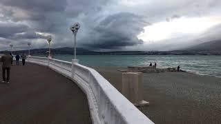 Геленджик. Погода 17 Апреля. Атмосферное небо... Начинается Норд-ост...