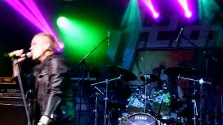 H.E.A.T - Point Of No Return (Live Firefest 2014)