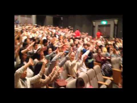Bref Extrait Tourné de King Mensah au Japon