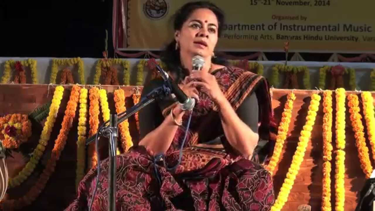 Dr. Sangeeta Shankar - On 22 Shrutis (Workshop at BHU)