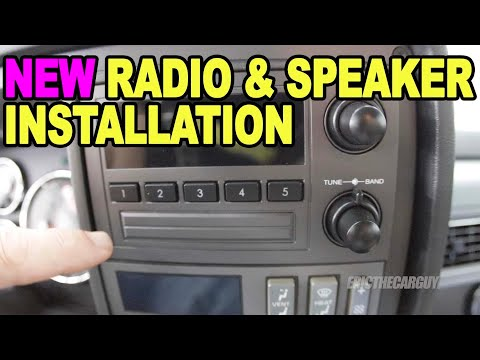 Installing A New Radio & Speakers 1988-94 Chevy Truck #ETCGDadsTruck