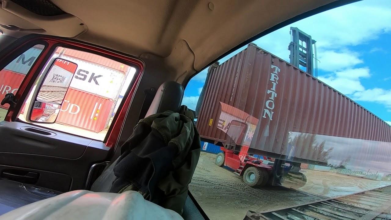Bogota-Cartagena en MINIMULA (Capítulo 1)  cargue de contenedor y mercancía