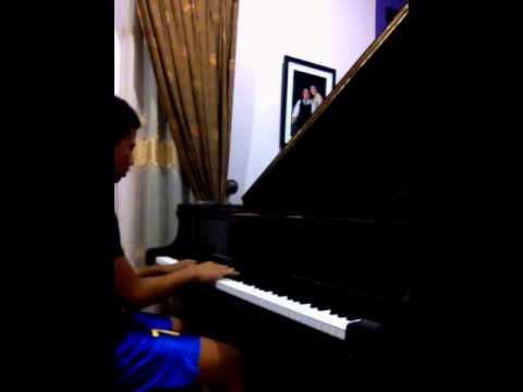 JKT48 - HIssatsu Teleport ( piano cover )