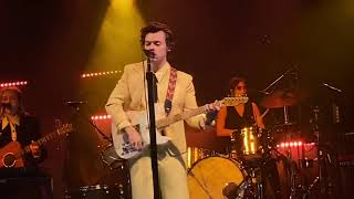 althea h - Golden Harry Styles secret show London Electric Ballroom 19th December 2019 - full song - HDVIDEO