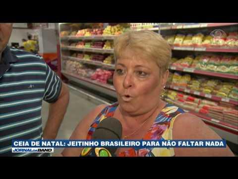 Brasileiros driblam crise para garantir ceia farta no Natal