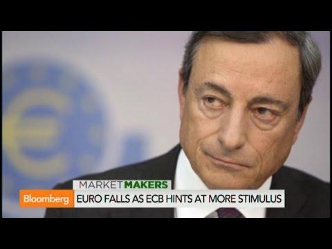 Mario Draghi Presents United ECB Front on Stimulus