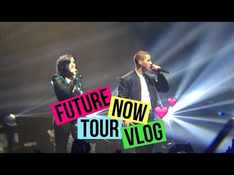 DEMI LOVATO AND NICK JONAS FUTURE NOW TOUR VLOG - BOSTON - TD GARDEN