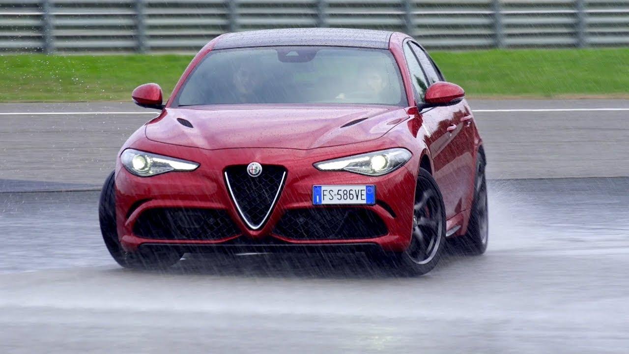 Alfa Romeo Giulia Quadrifoglio Vs Stelvio Quadrifoglio Track
