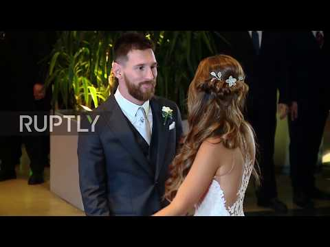 Argentina: Football stars gather in Rosario for Messi's wedding