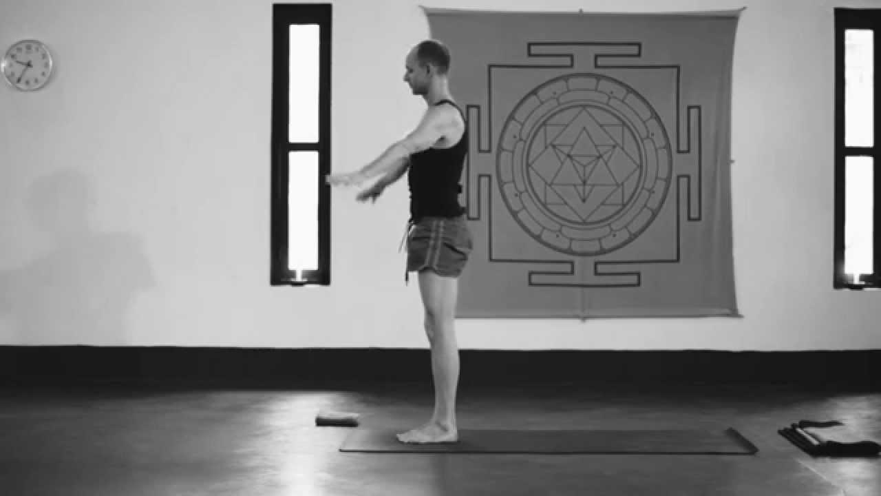 Ashtanga Yoga Third Series Demonstration - Tim Feldmann