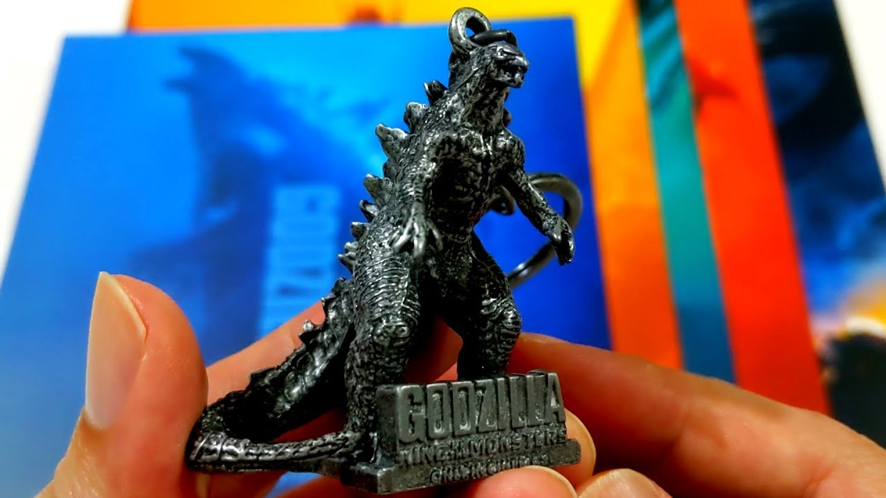 【Unboxing】Godzilla: King of the Monsters - Movie poster & metal keychain