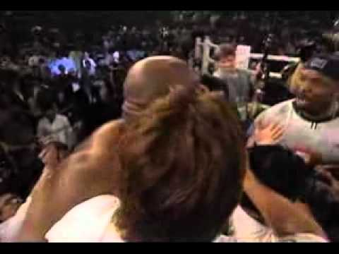 Майк Тайсон - Mike Tyson vs Bob Sapp - YouTube