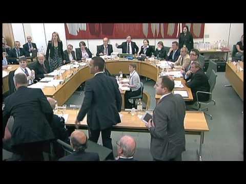 Rupert Murdoch attacked during hearing