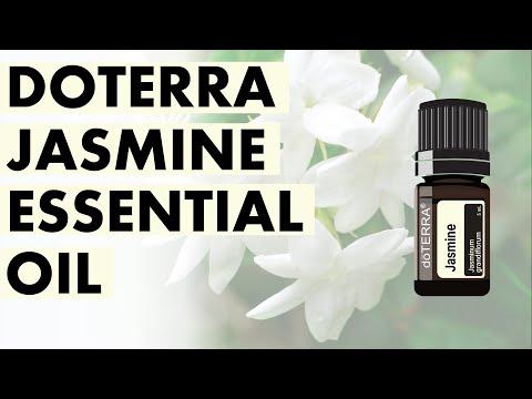 jasmine-essential-oil:-impressive-benefits-and-uses